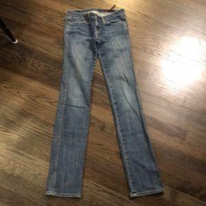 AG Adriano Goldschmied Skinny Jeans 25